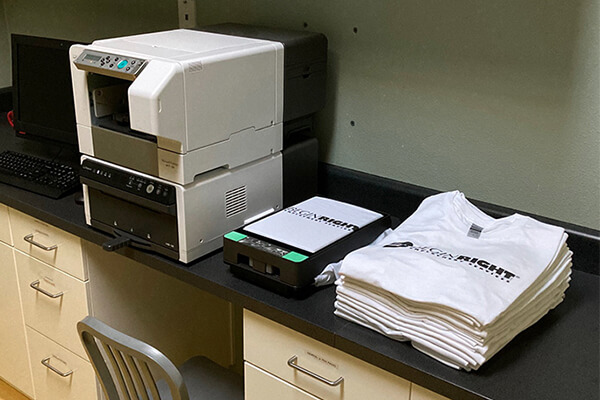 bT-12 printer for corporate apparel