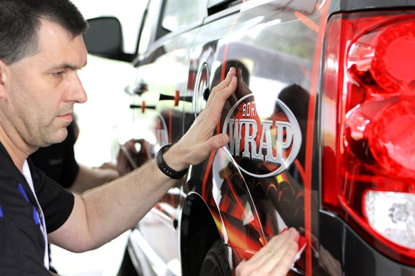 Roland announces its expanded 2019 Born-to-Wrap schedule of vehicle wrap workshops.