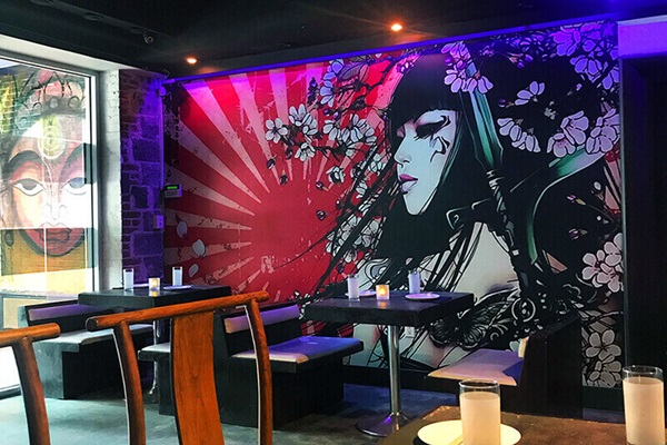 DaSign Guy CEO Vadim Rabinovich produced this stunning restaurant wall wrap on his Roland DG TrueVIS VG2-540 wide-format printer/cutter.