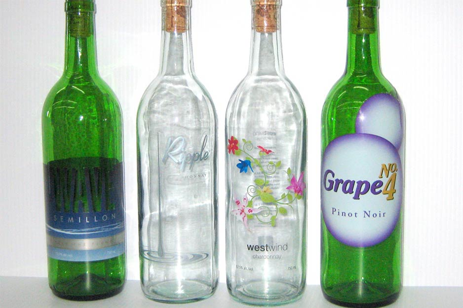 One Hour Signs metallic wine bottle labels