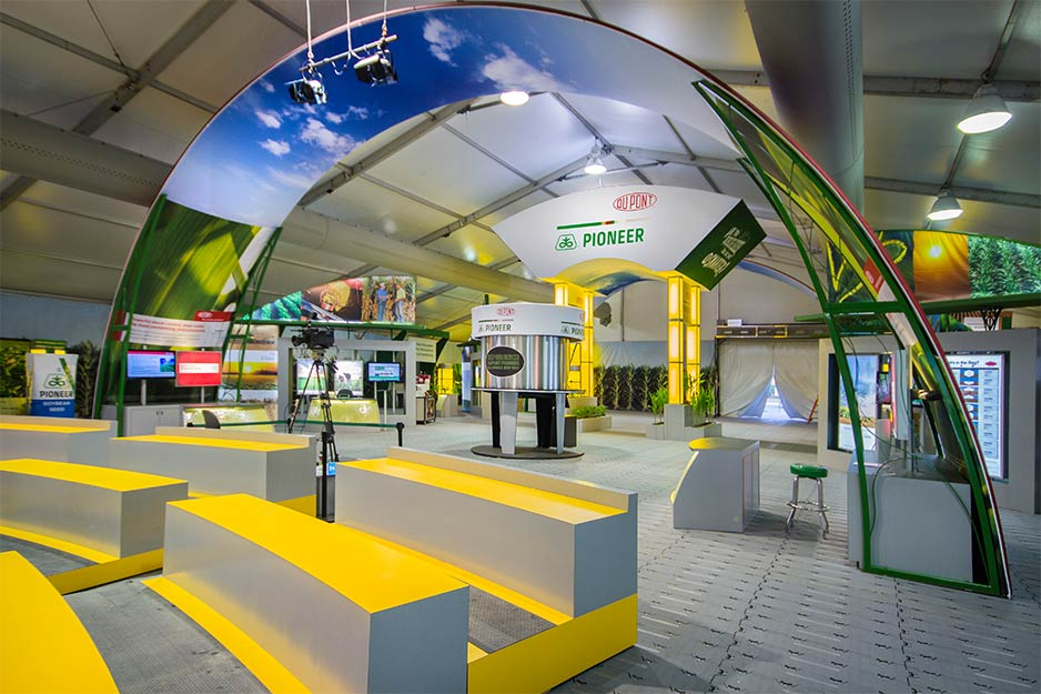 Orbus Exhibit & Display Group Dupont pioneer fabric arch