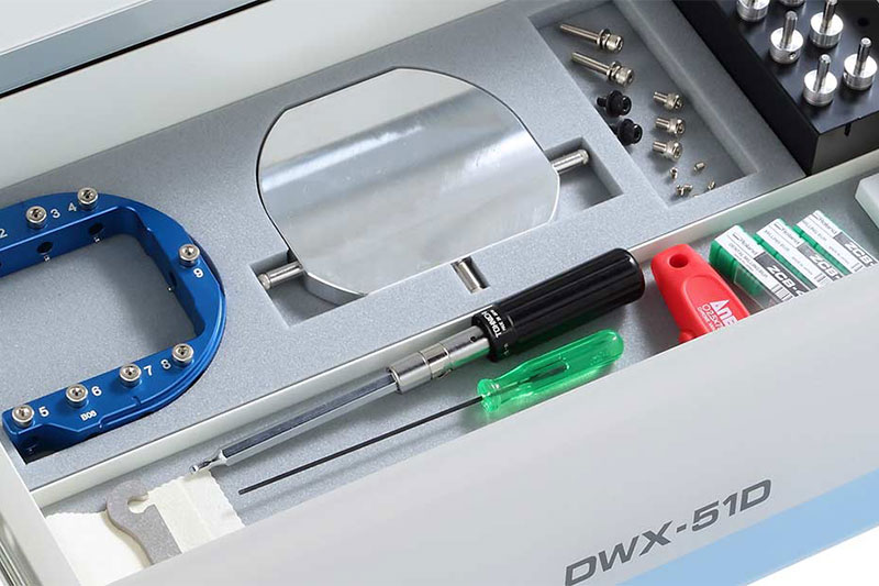 DWX-51D 5-axis dental milling machine